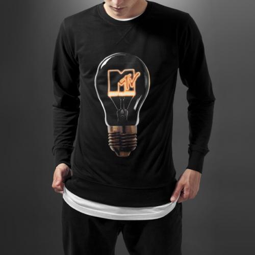 MTV-High-Energy-Crewneck-fashion-2016-streetwear