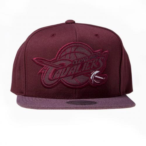 cleveland-cavaliers-eu946-cepures-online_mitchell-ness-cap-snapback-burgundy