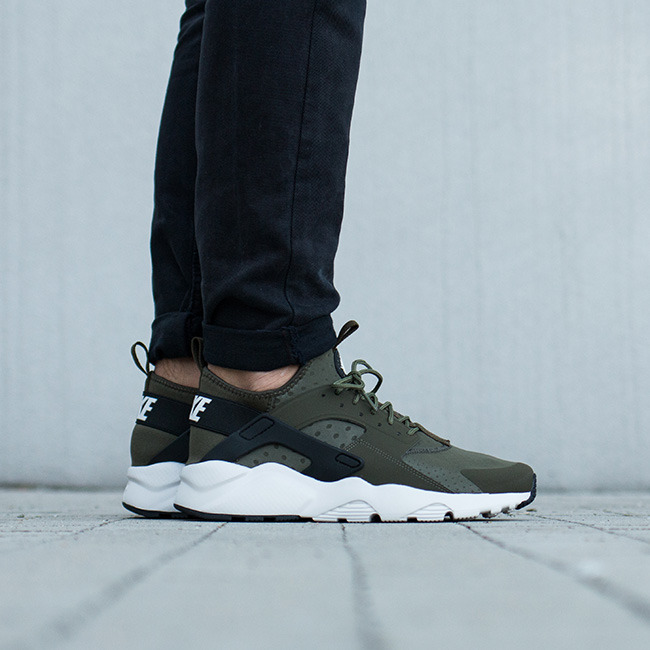 b632b34d44e ... Cargo Khaki Light Bone Black 819685 300 Men s Sport eng pl mens-shoes -sneakers-nike-air-huarache-run-ultra- ...