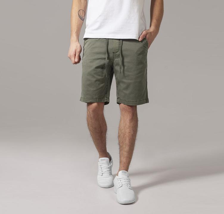 https://hoodshop.eu/wp-content/uploads/2017/05/URBANclassics-pants-hoodshop-olive-shorts.jpg