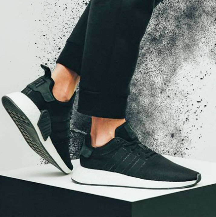 uk availability 0031c 184f7 Adidas NMD_R2 CQ2402