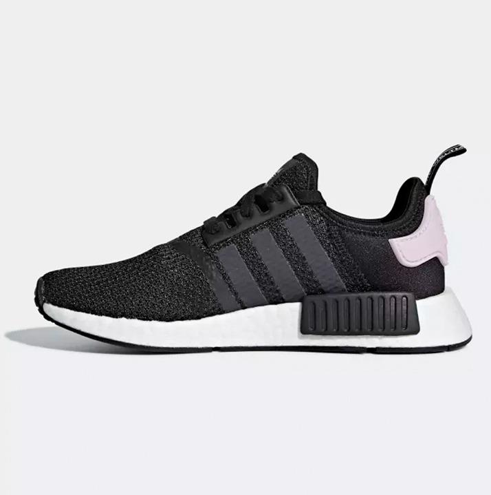 https://hoodshop.eu/wp-content/uploads/2018/09/onlineshop-hoodshop-adidas-B37649-nmd-r1-sneakers.jpg