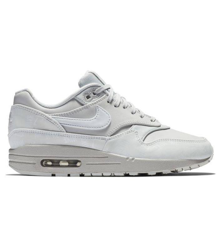hoodshop-Nike-Womens-Air-Max-1-LX-Pure-Platinum-2-800