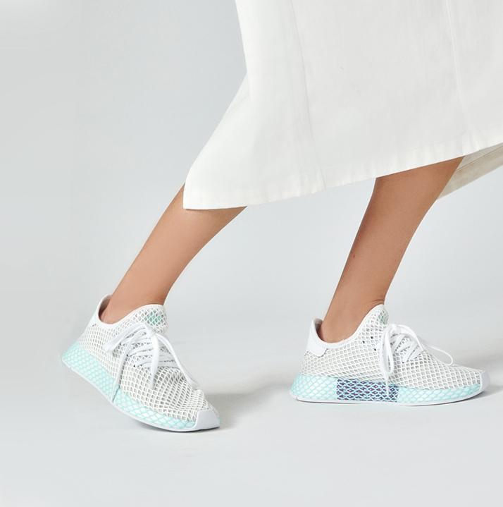 https://hoodshop.eu/wp-content/uploads/2019/05/hoodshop-deerupt-runner-w-cg6089-apavi-veikals-riga-sneakers.jpg